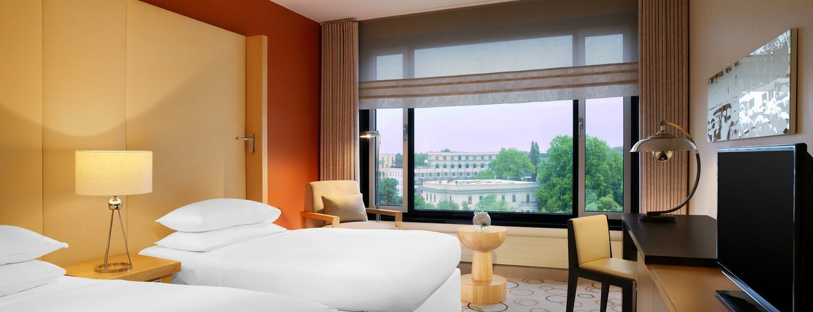 Twin Room - Classic Room at Sheraton Berlin Grand Hotel Esplanade